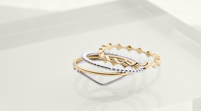 goldie anillos